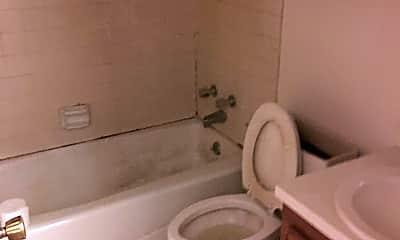 Bathroom, 113 S Maple St, 1