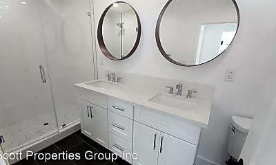 Bathroom, 1254 N Citrus Ave, 2