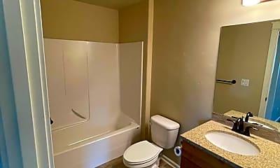 Bathroom, 20797 NE Sierra Ave, 2