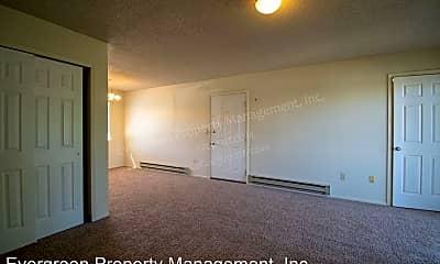 Living Room, 3950 Manhattan Ave, 1