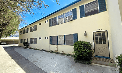 Building, 624 Veteran Ave, 0