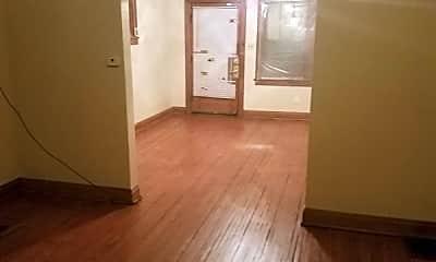 Bedroom, 1621 E Hudson St, 2