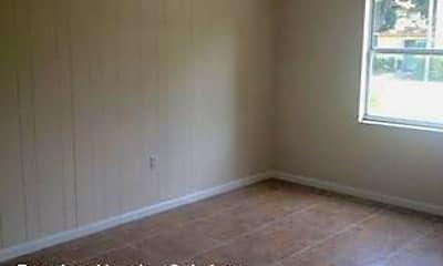 Bedroom, 927 N Iowa Ave, 1