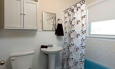 Bathroom, 29 S Front St, 2