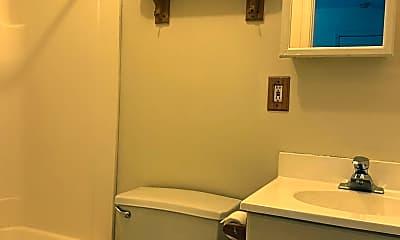 Bathroom, 217 S 8th St, 2