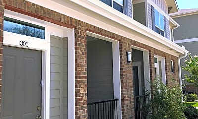 Independence Heights Apartments, 2