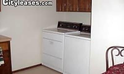 Kitchen, 1122 N Kansas Expy, 2