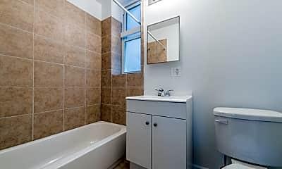 Bathroom, 1630 S Sawyer Ave, 2