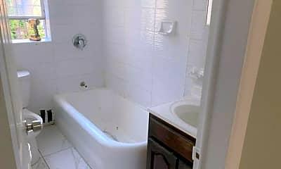 Bathroom, 2500 Webb Ave, 2