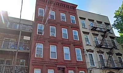 Building, 118 Adams St 7, 2