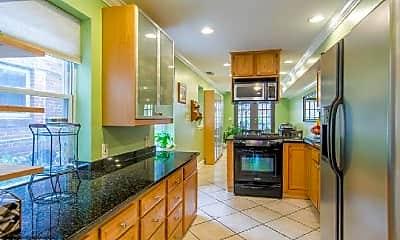 Kitchen, 231 S Regester St, 0