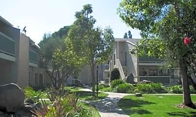 Pinecreek Apartments, 1