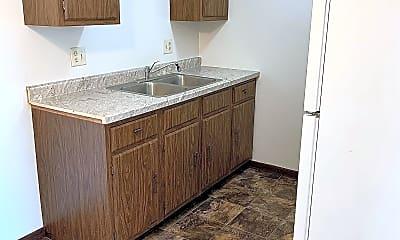 Kitchen, 717 Garland St E, 1