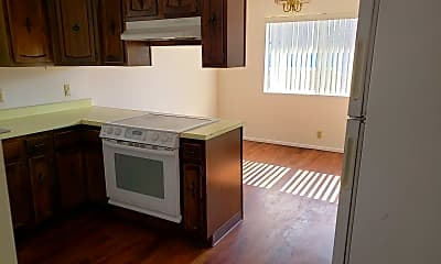 Kitchen, 3431 Truckee Dr, 1