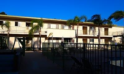 Villa Verde Apartments, 2