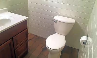 Bathroom, 1519 Bonnie Brae 1E, 2