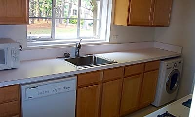Kitchen, 5352 Pooks Hill Rd, 1