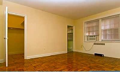 Living Room, 1421 Massachusetts Ave NW, 1