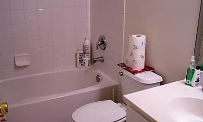Bathroom, 11 Swan Ct, 2