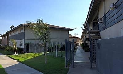 Four Seasons Apartments, 1