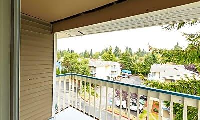 Patio / Deck, Roosevelt Ridge Apartments, 2