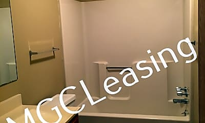Bathroom, 1560 E 125th St Apt B, 0