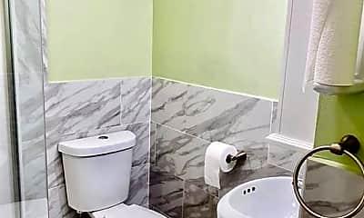 Bathroom, 112 North St 1, 1