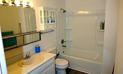 Bathroom, 5008 Chess Dr, 2