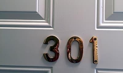 312 S Jefferson St 301, 1