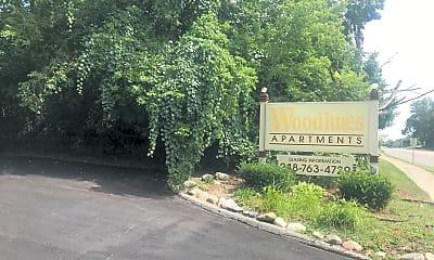 Woodhues Apartments, 1
