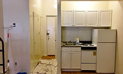 Kitchen, 243 E 81st St, 0