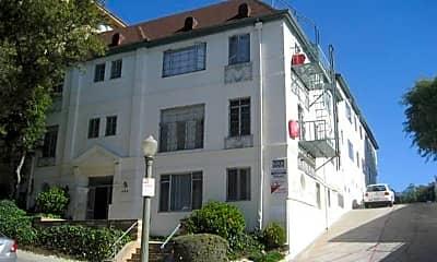 Building, 530 Glenrock Ave, 0