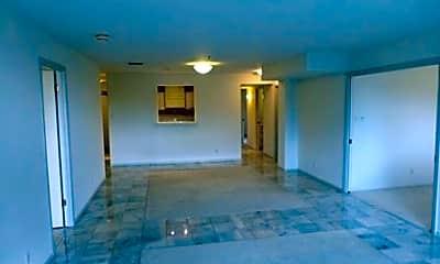 Building, 40 N Interstate Hwy 35, 1