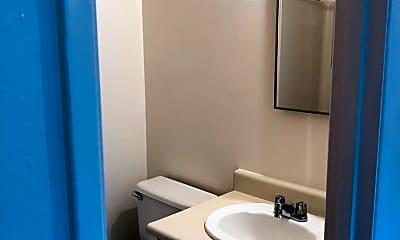 Bathroom, 2404 N Vancouver Ave, 2