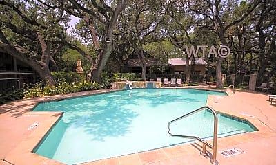 Pool, 33 Lynn Batts, 0