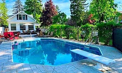 Pool, 296 Caroline St, 0