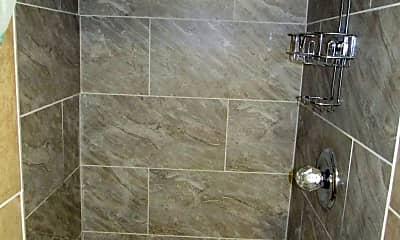 Bathroom, 6605 Red Top Rd, 2