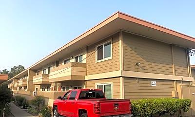 Sunnyvale Leasing Center, 0