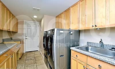 Kitchen, 3256 E Palo Verde Dr, 2
