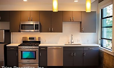 Kitchen, 1136 W 6th Street, 2