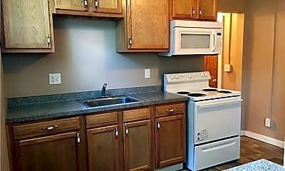 Kitchen, 390 Massillon Rd 1, 1