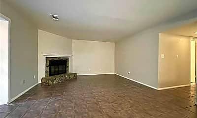 Living Room, 2183 Surrey Ct, 1