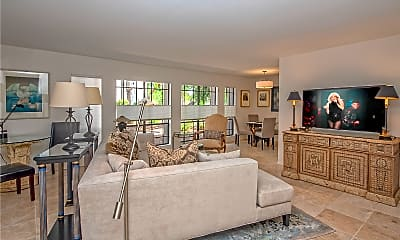 Living Room, 5225 N 24th St 105, 0