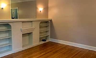 Bedroom, 5452 N Sawyer Ave, 1