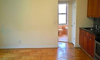 Kitchen, 1155 E 35th St, 1