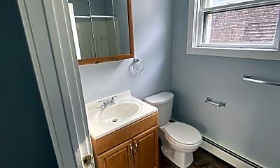 Bathroom, 26 Sycamore St, 2