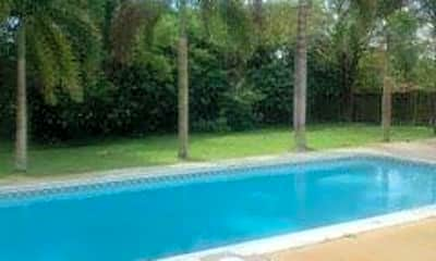 Pool, 444 SE Crosspoint Dr, 2