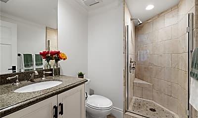 Bathroom, 870 Manzanita Dr, 2