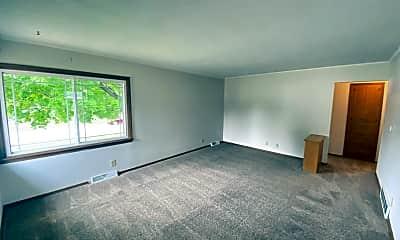 Living Room, 510 Bonita Blvd, 1