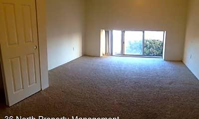 Living Room, 369 Main St, 2